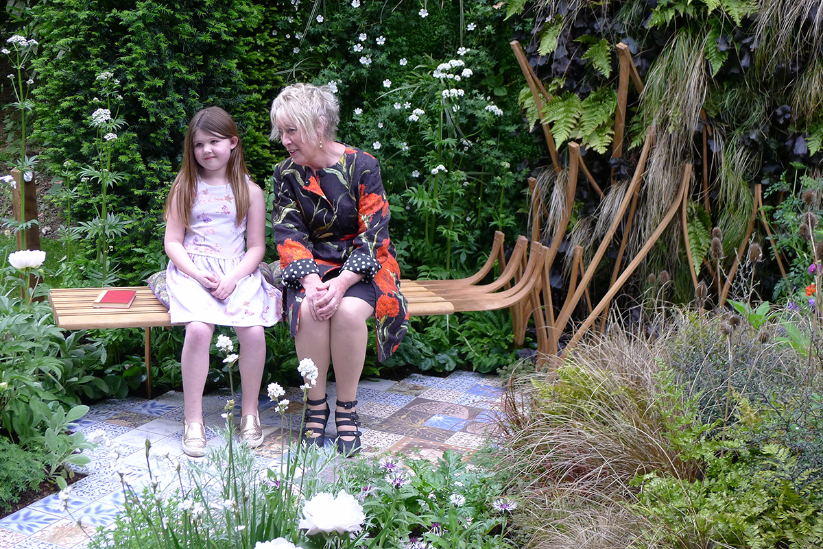 We were delighted that Ava, a young epilepsy sufferer, 'officially opened' the garden on Monday 21st, here talking to BBC's Carol Klein